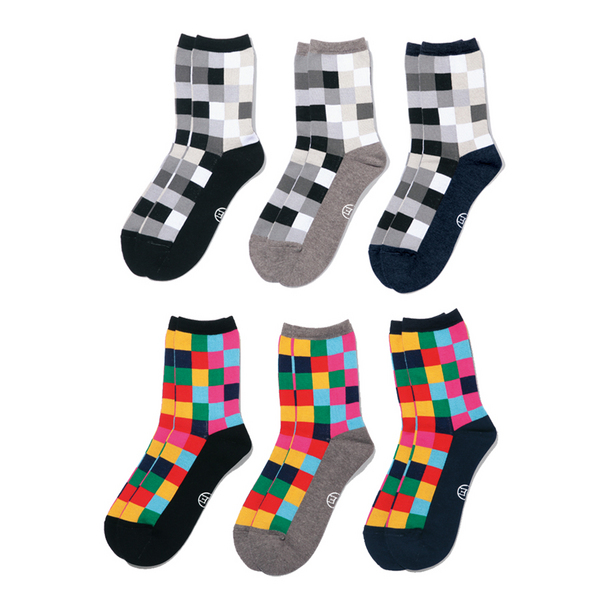 blog130420_ue_socks.jpg